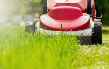 lawn mowing Sunderland